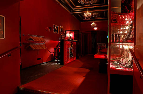 Swinger club lilith Welcome to